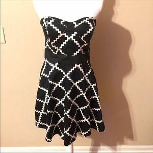 2B Bebe Strapless Fit And Flare Dress